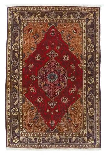 Carpets from Kum are known for their fine workmanship with pile in wool or silk. They are often manufactured with high knot density and have varied patterns, borrowed from different areas in Iran. Sometimes details are tied in silk. Gardens, medallions or figural carpets with plant and animal motifs are common.